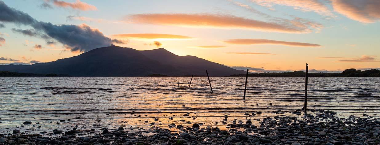 Loch Léin shore
